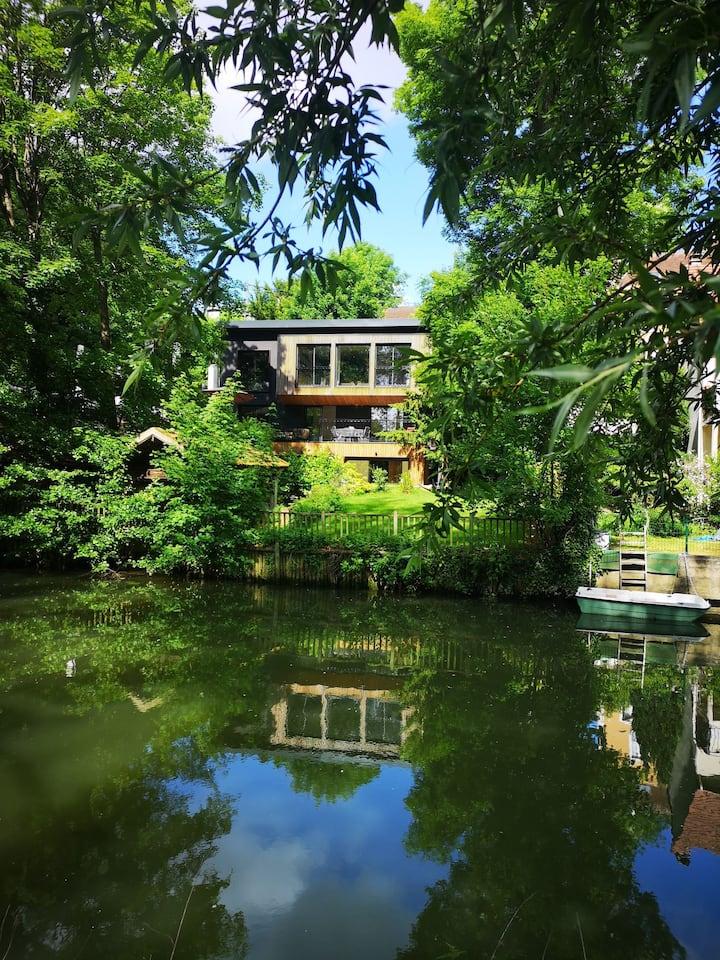 Paris villa privé 16/pers calme avec vue jardin!