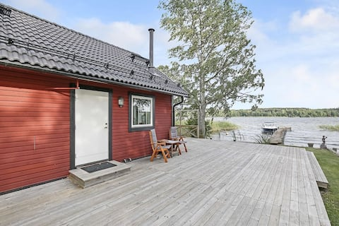 Private guest house, located at lake Mälaren