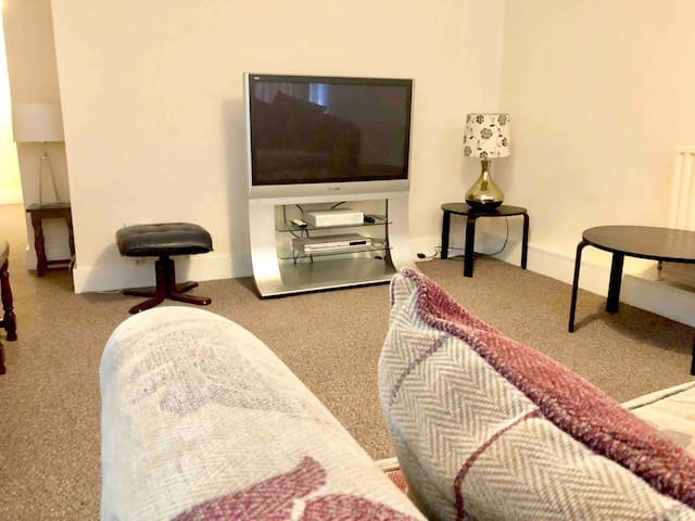 AC Lounge 2 Apartment , Rochford, Southend OnSea