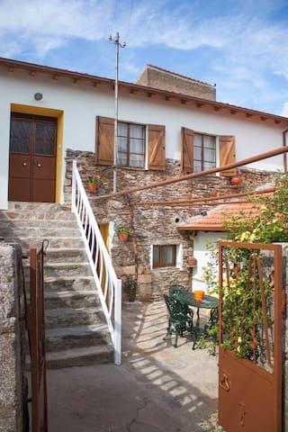 Casa Adalcina (Casa d'avó)