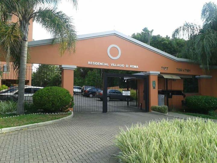 Apartamento bem localizado em Porto Alegre.