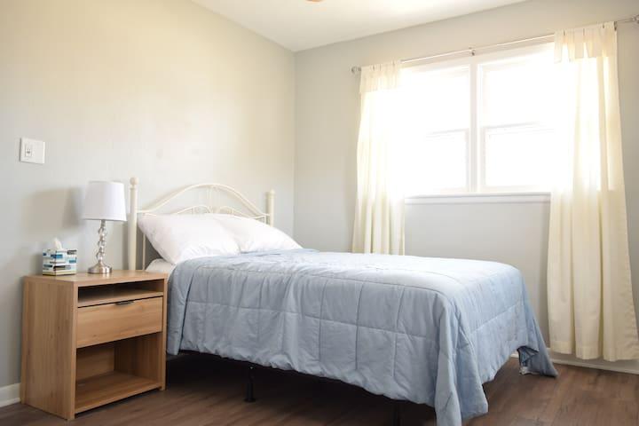Bedroom #3 Full bed