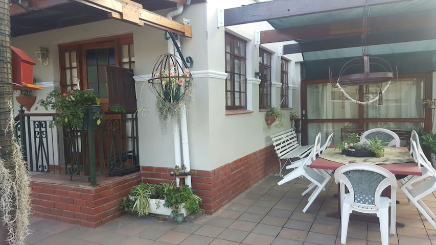 Centrally located self catering garden cottage
