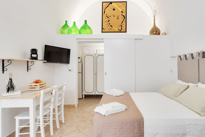 Antica Ensuite in Salento-Camera con bagno privato