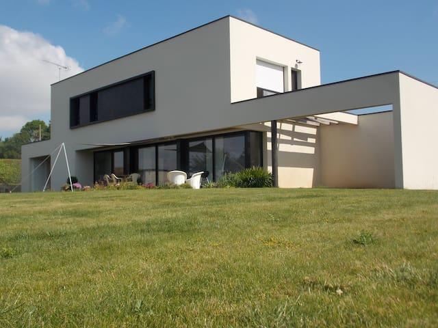 Maison familiale proche Tréguier - Trédarzec - Rumah