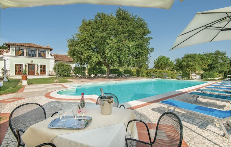 Holiday cottage with 6 bedrooms on 300m² in Acquasparta -TR-