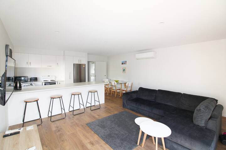 Frederick Apartment - By the Stadium