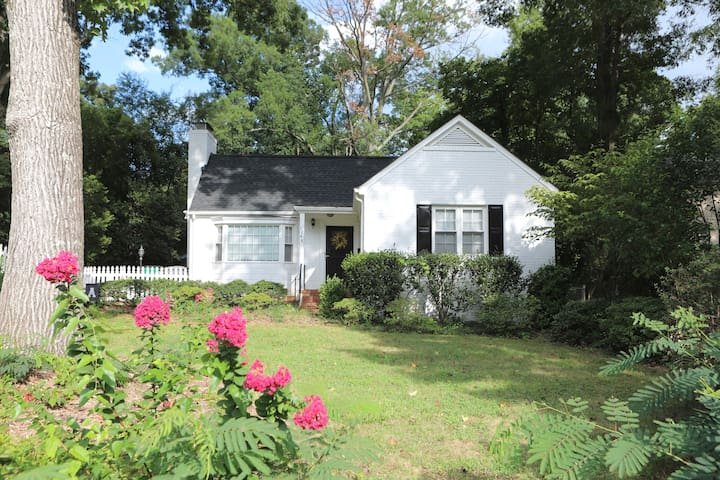 Plaza Midwood Gem - 2 Miles from Uptown Charlotte!