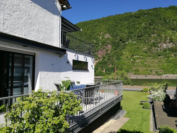 Haus Korjässer ****, Moselblick & Sonnenterrasse