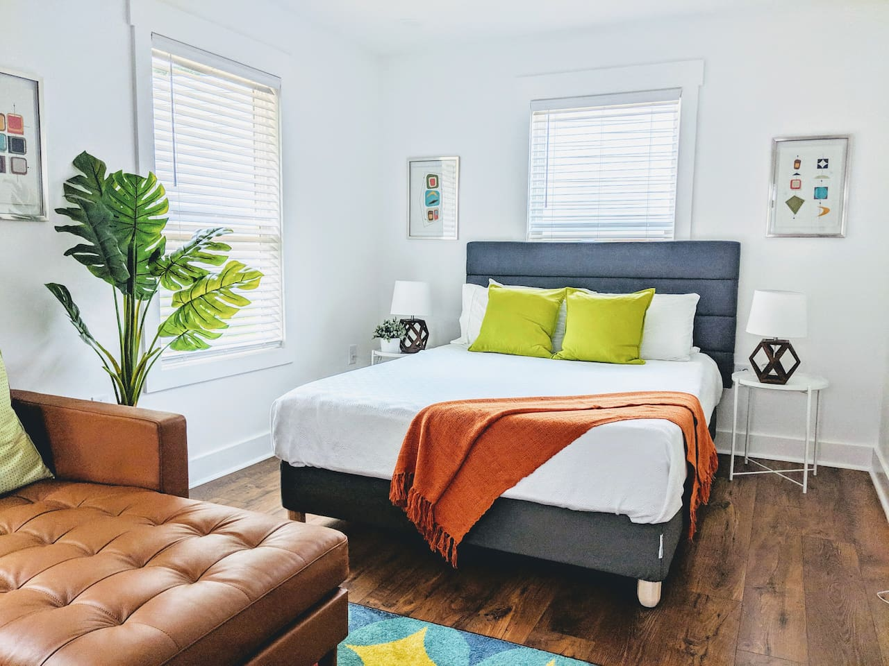Comfortable queen size bed.  Bright, airy lots of natural light