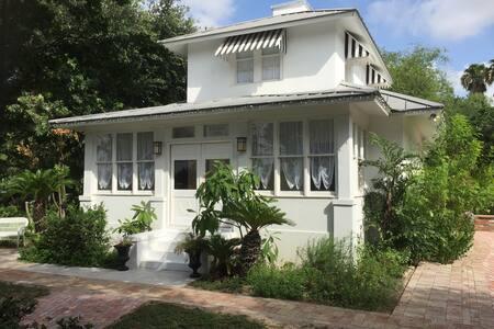 Historic William J. Bryan House - Mission