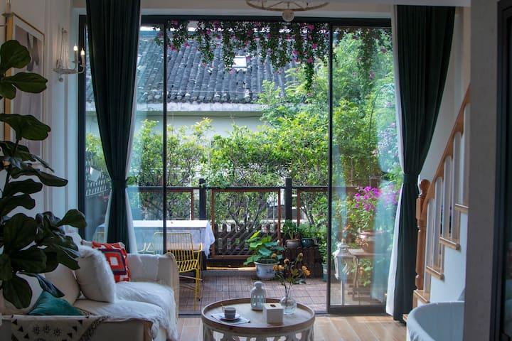 【星空】静谧-古运河畔东关街花园loft