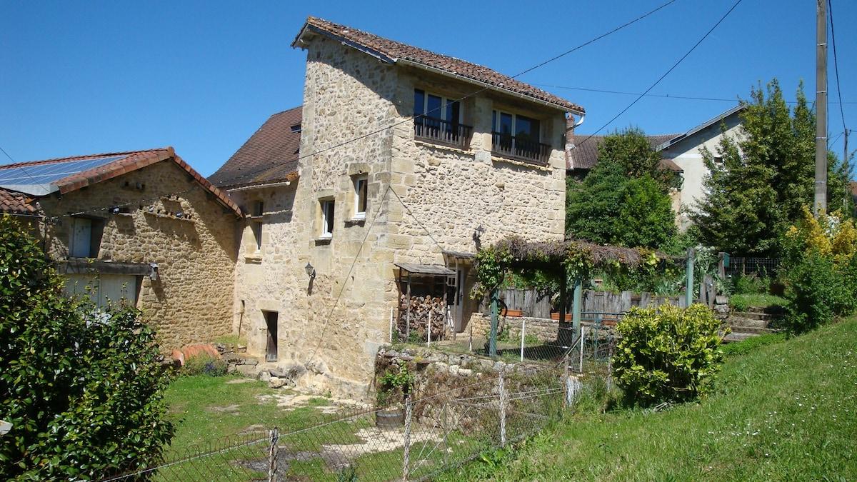 Häuser In Thiviers