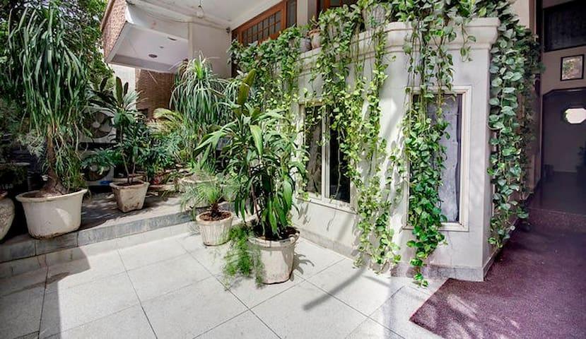 AC lower Gnd spacious room Shivalik (Panchsheel)II