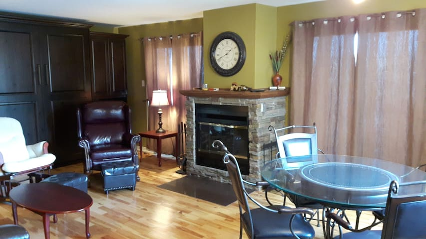 Studio/condo SKI IN/OUT Versant du Village Bromont - Bromont