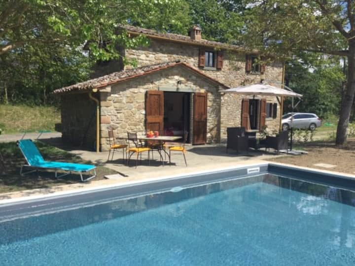 Stunning house on Tuscan border with Private Pool