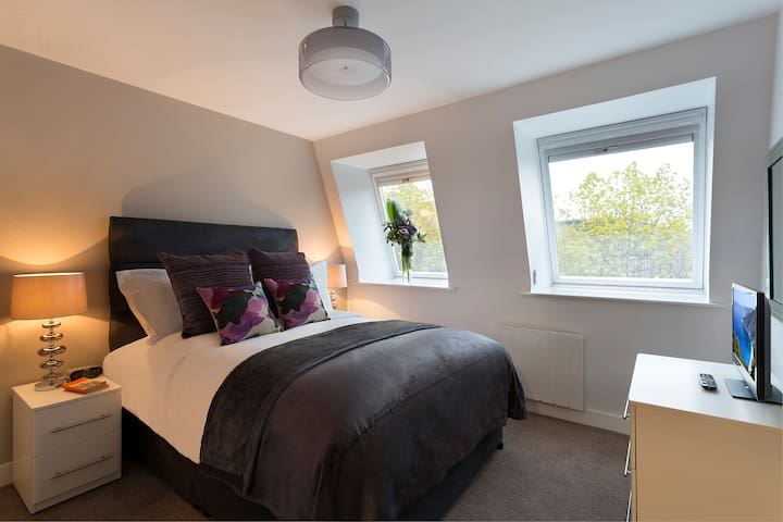 SACO Manchester One Bedroom Apartment