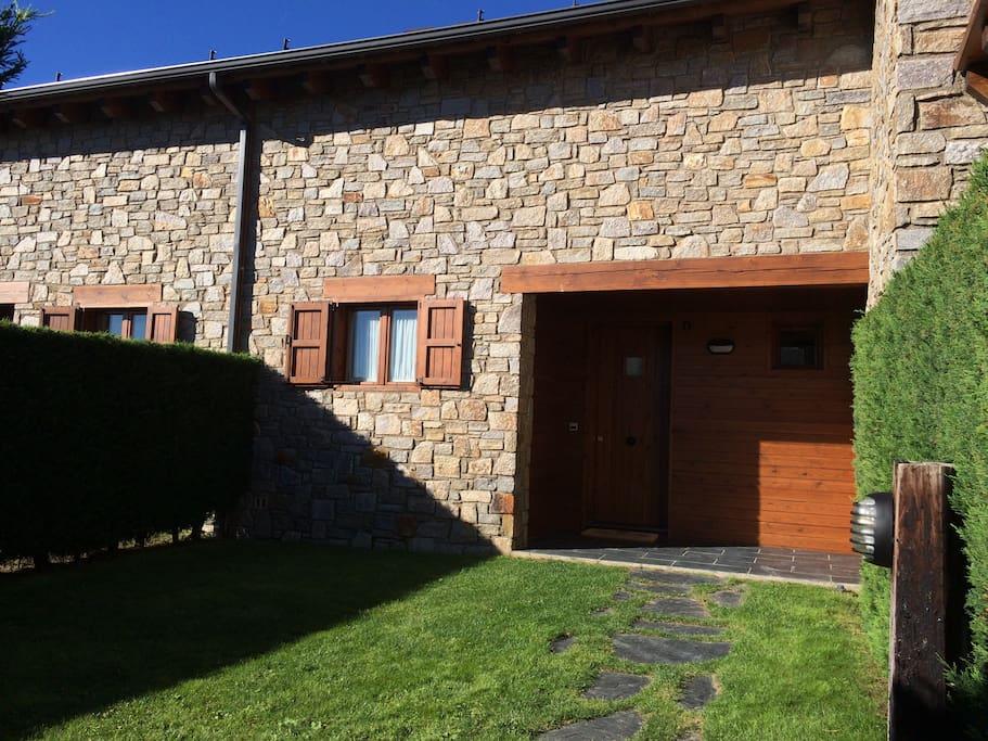 La marge osseja house casas en alquiler en oss ja - Osseja francia ...