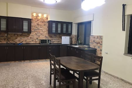 Spacious 155m apartment in the heart of Bethlehem