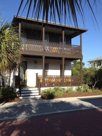 Modern Seacrest Beach House Get Away - Panama City Beach - Casa