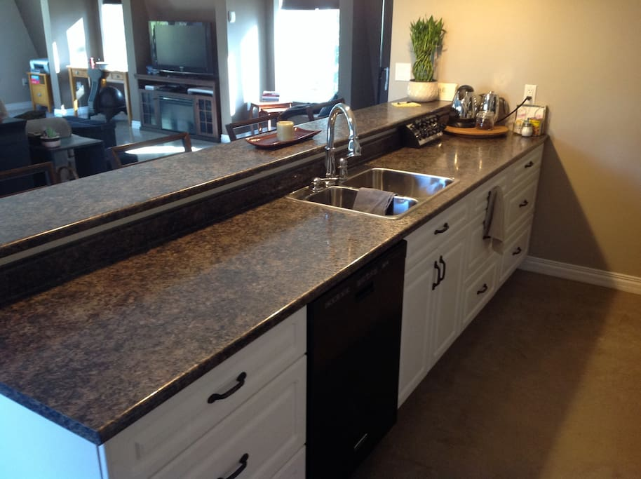 Full Kitchen with amentities on