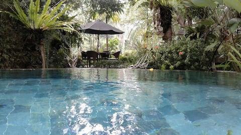 Chempaka - Riverfront Bamboo Hut at Balian Beach