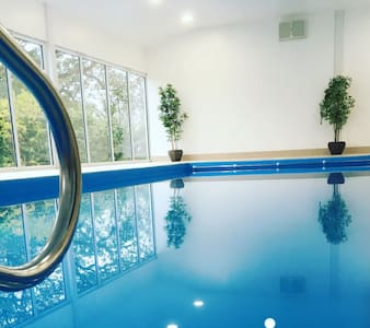 The Granary, Burlton Cottages with Indoor Swimming Pool, Hot Tub and Spa