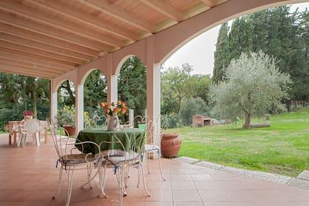 Agriturismo Campo al sole - Collesalvetti