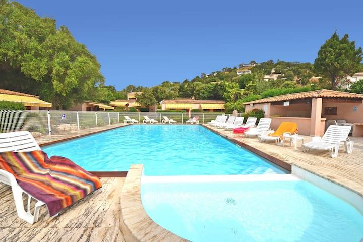 Mini villa avec piscine à 400m de la Mer