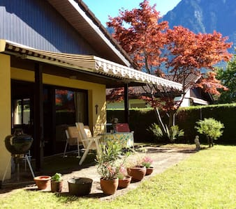 Dorenavant Lodge , between lac and mountain