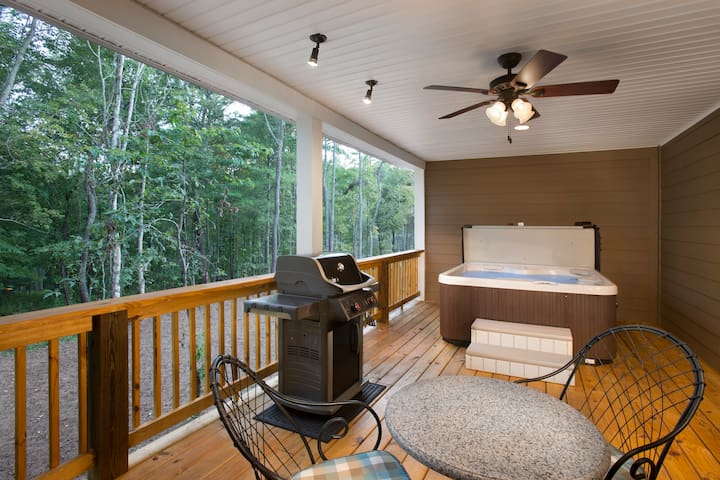 Asheville Cottages Resort-Immaculate & Luxurious