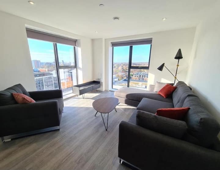Incredible top floor penthouse in Manchester