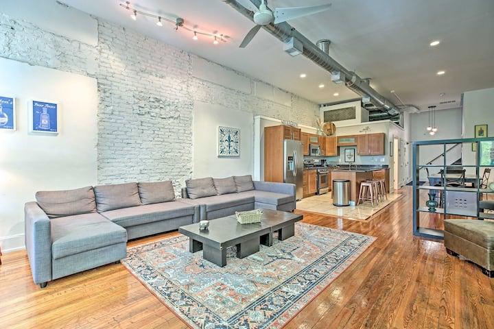 NEW! Contemporary Condo, Walk to Dtwn Distilleries