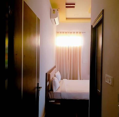 Soham's -1 Premium Bedroom (Heritage Hill View)