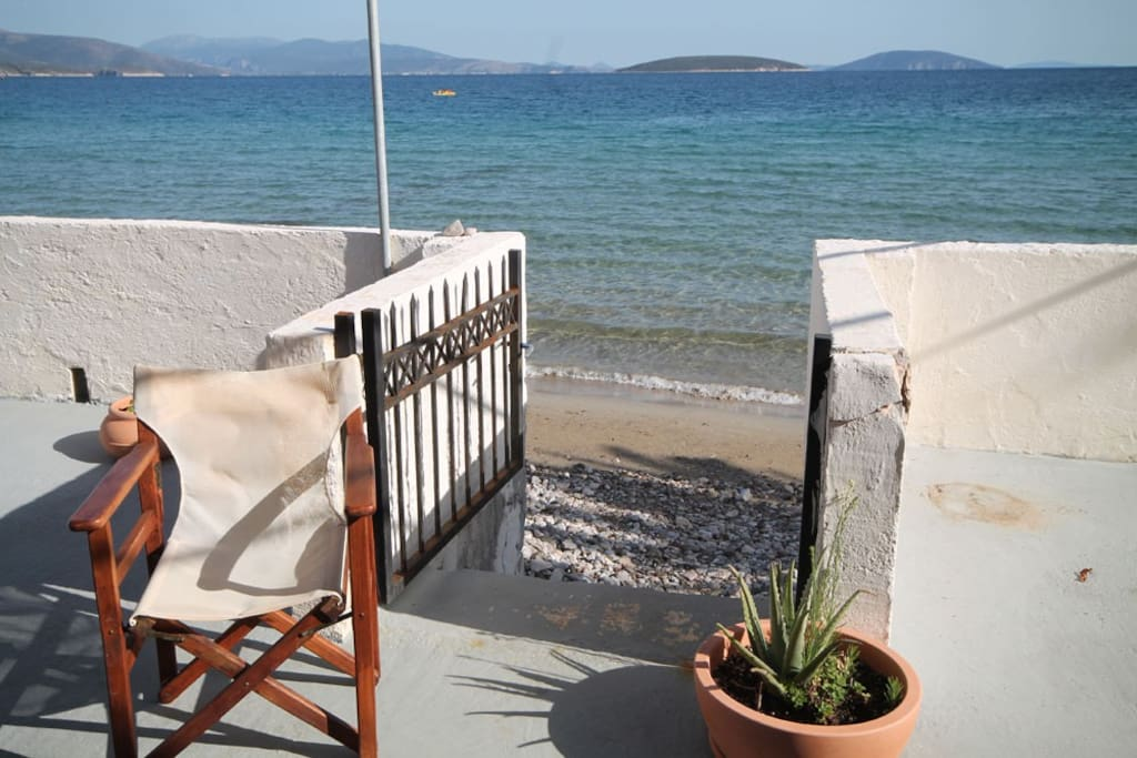 Step off the terrace and into the sea!