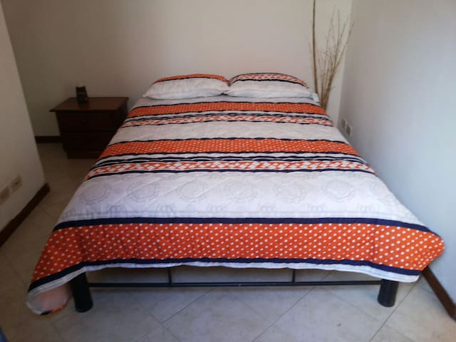 Room in San Antonio de Pereira - Rionegro - House