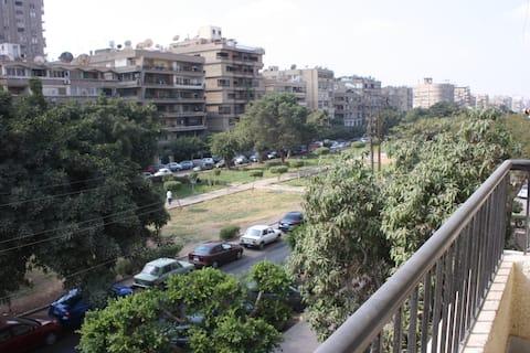 Heliopolis spacious apartment, Cairo Int. Airport