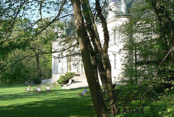 große FeWo im Schloss Lanke - Wandlitz - Appartement