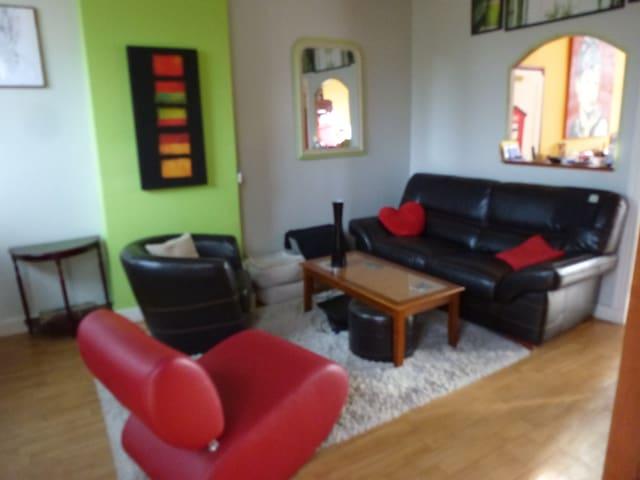 maison située au centre ville - Vendôme - Huis