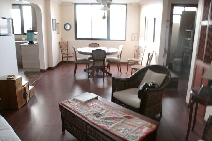 apartamento amoblado al lado del Quicentro Norte - Quito - Departamento