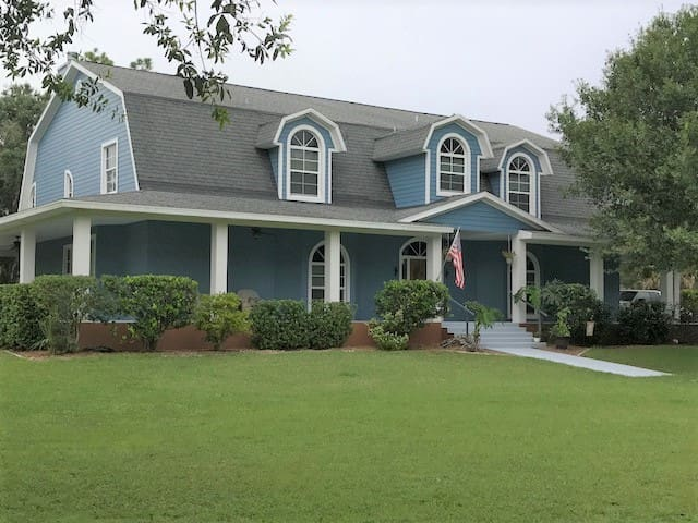 Hacienda Azul Angle