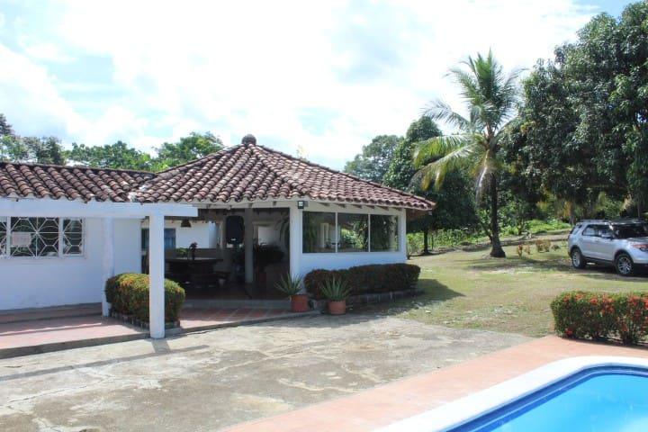 finca Doradal - Puerto Triunfo - Doradal