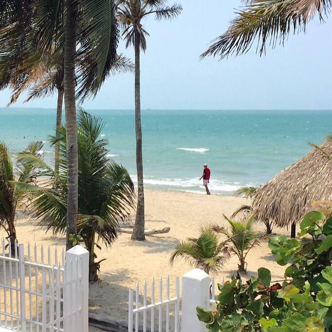 Playas frente al condominio