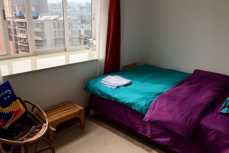緊挨雲南大學&翠湖公園の獨立房間 - 昆明