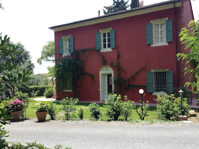 TENUTA LA VALLE 4-RELAX E DIVERTIMENTO! - Rosignano marittimo - Lägenhet