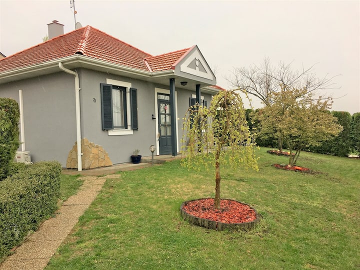 House for 4+2 persons with WLAN in Hévíz R78461