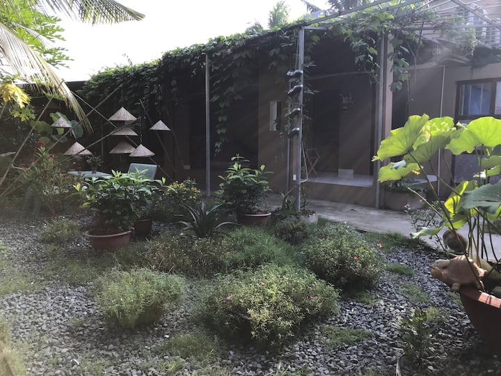 Air-conditioned Garden View