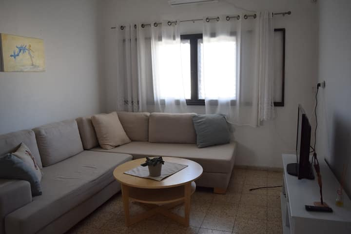 Beautiful Apt  15 min to TLV center