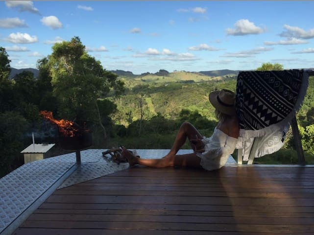 Perfect Noosa Hinterland Hideaway