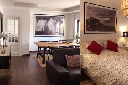 SWELL HOUSE    5 Stars apartment Sitio Nazaré